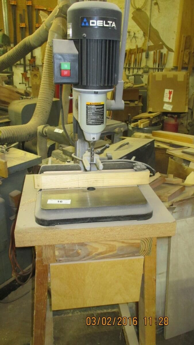 wood working online only auction - united country hamele