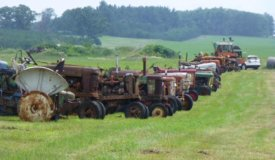 Dick and Karen Wampler Collection (Friday: Tractor Parts, Parts Tractors, Toy Tractors & Manuals)