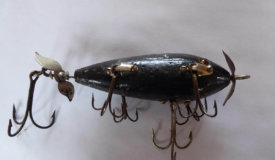 Vintage Fishing Lures Online Only Auction