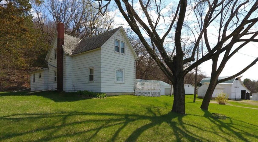 Picturesque Farmette For Sale in Southwestern Wisconsin