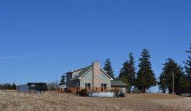 Amazing 43 acre hobby farm La Crosse County