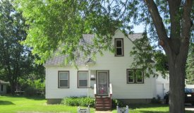 Affordable 2/3 Bedroom Home in Portage WI