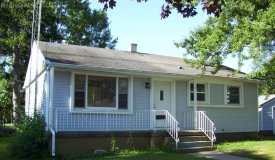 Cute Move in Ready Home in Portage WI