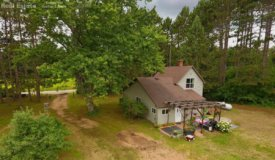 Charming Hobby Farm in South Central Wisconsin