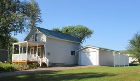 Home Near Lake Mason, Briggsville, WI