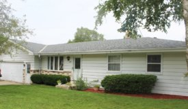 Home in Town For Sale – West Bend, WI