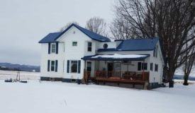 Beautiful Country Home in La Crosse County WI