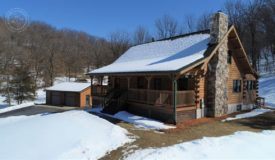 Log Cabin in Richland Center, WI Acreage w/Excellent Hunting