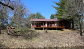 Secluded Cabin Nestled Along the Eau Claire River