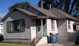 Cute Bungalow in Portage WI Columbia County