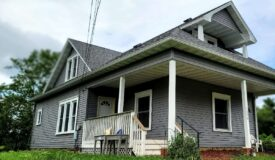 Richland Center 2 Story Home in Quiet Neighborhood