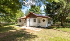 Home on Spacious Lot in Adams County WI ONLINE ONLY 10/14 6PM