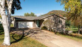 4 bedroom, 3 bath walkout ranch in the heart of La Crescent