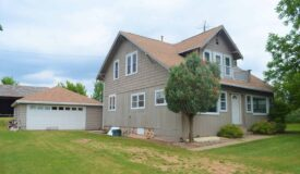 Central Waupaca County Farm House with 88 Acres